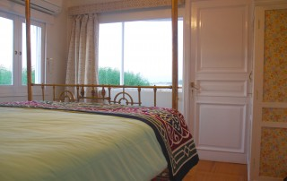 Panoramic French windows offer gorgeous Nile views