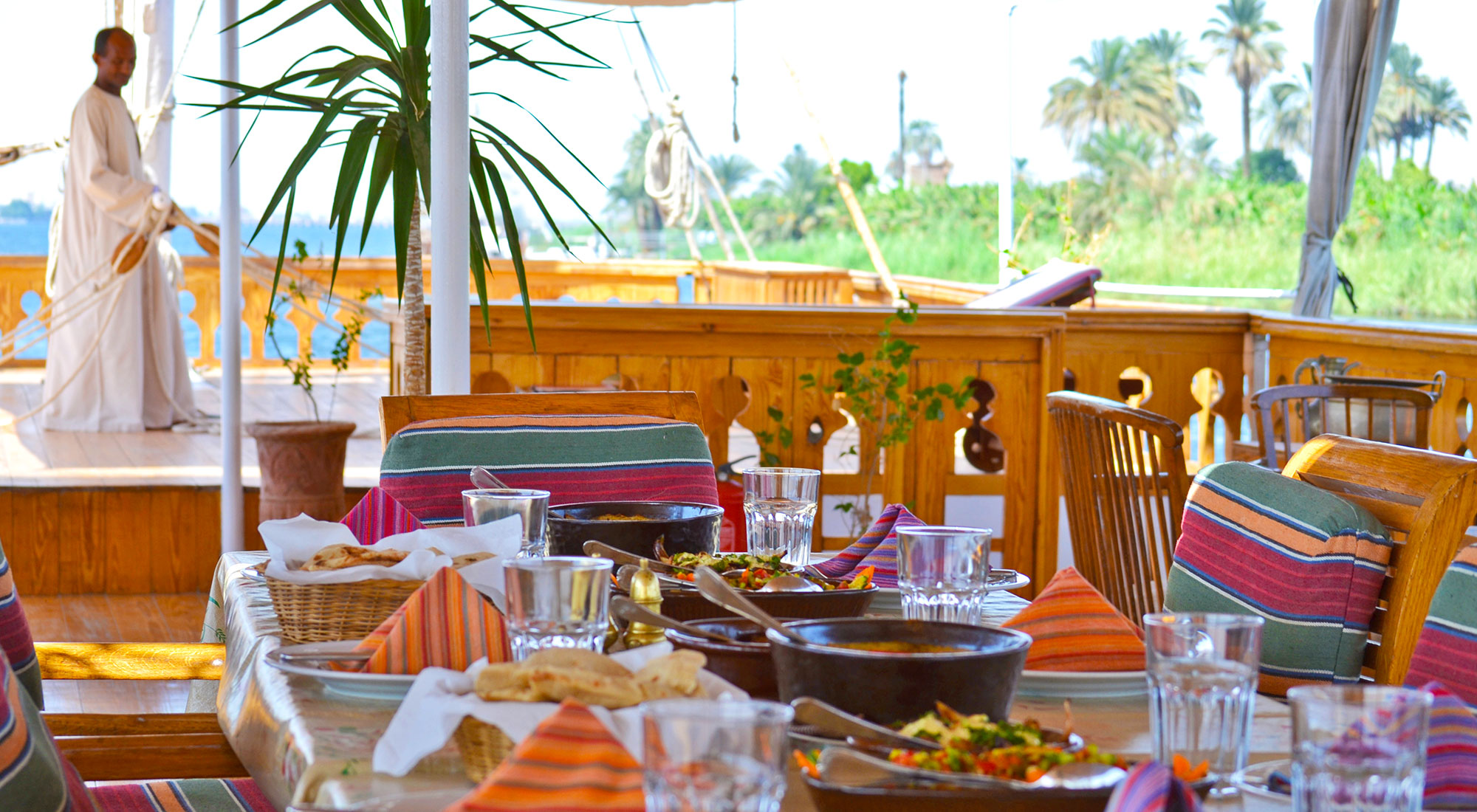Fresh and delicious food, served on the sundeck